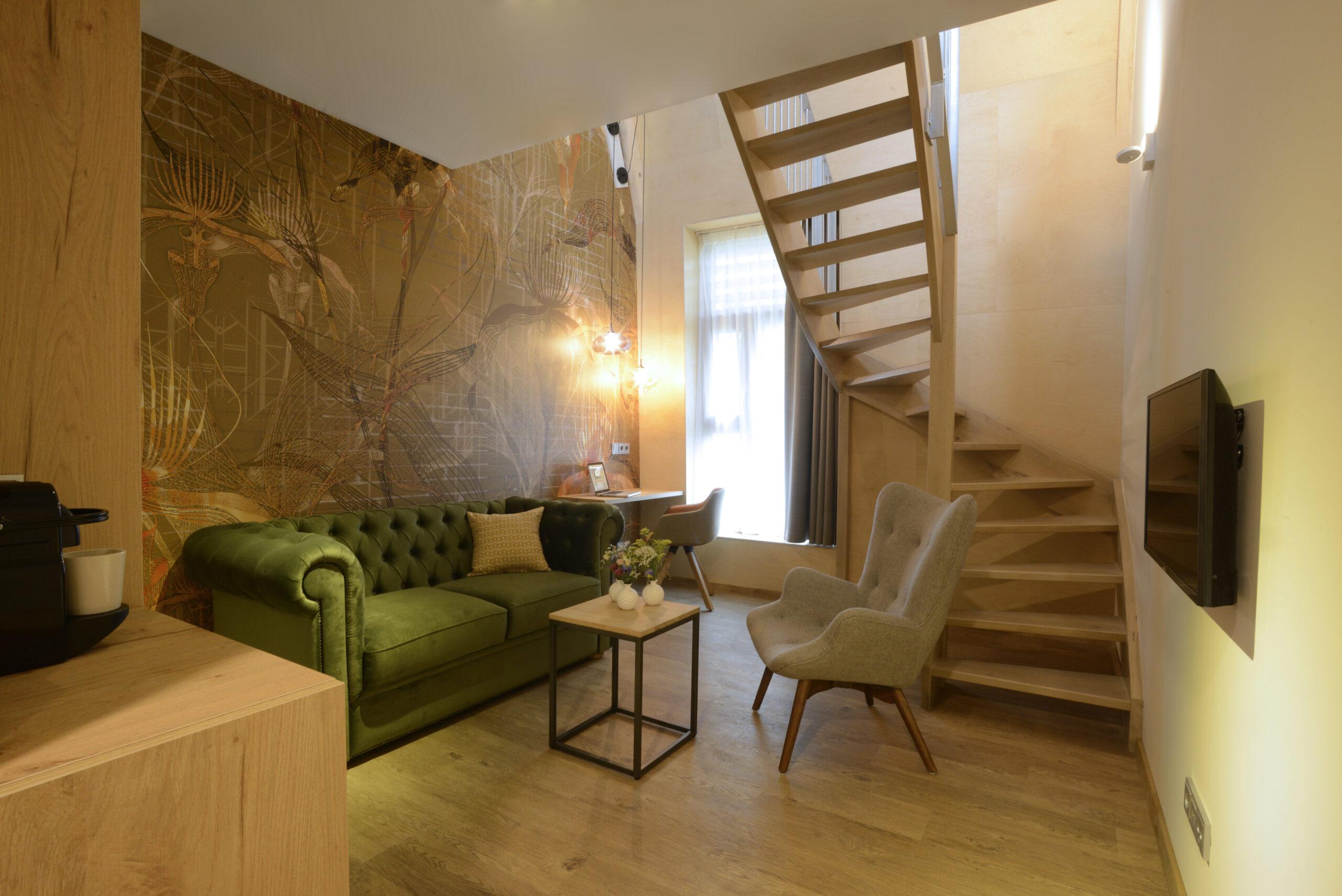 Landgoed Huize Bergen_junior entresol suite_zithoek beneden